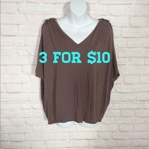 Gap open sleeve blouse Large